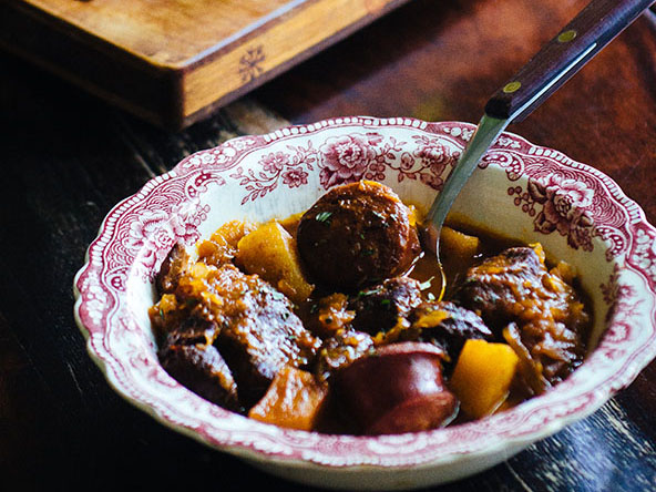 A Bowl of Paleo Bigos (Polish Hunter's Stew) | meljoulwan.com